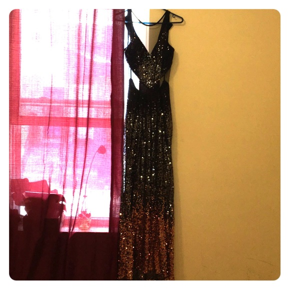 Crystal Doll Dresses & Skirts - Gown